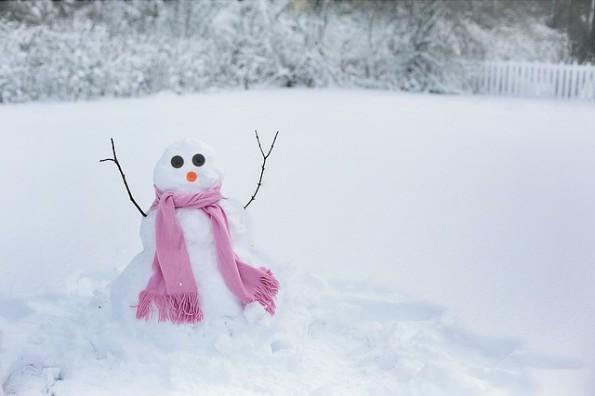 snow-woman-1224041_640